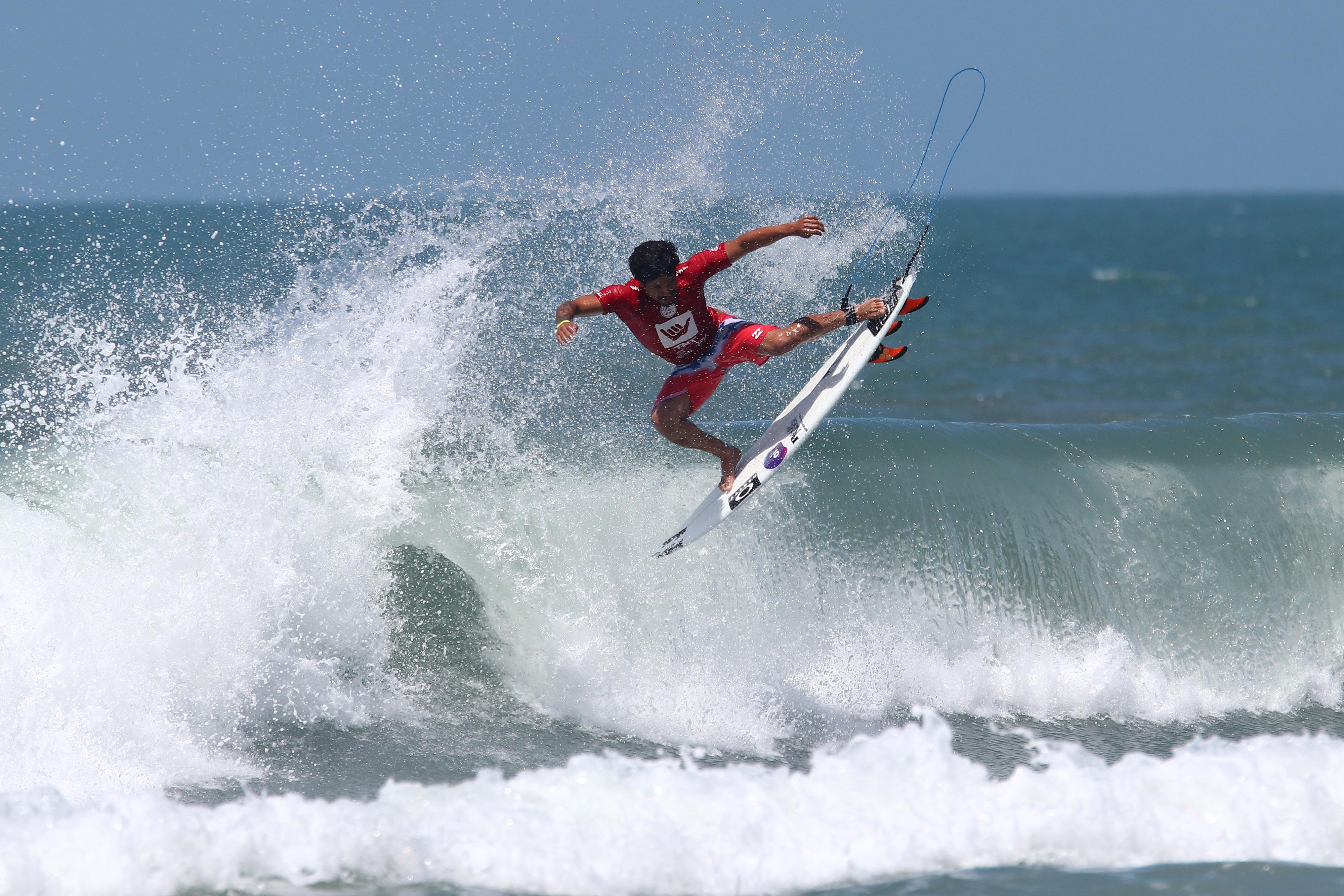 Circuito Mundial De Surf : Ítalo ferreira de baia formosa vence etapa do mundial de surf na
